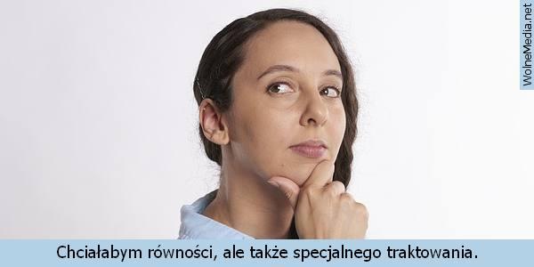 Umawia się z memem rosyjskiej dziewczyny